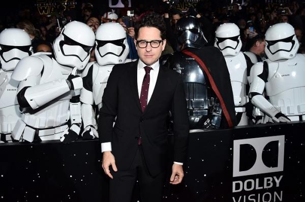 J.J. Abrams rendezi a Star Wars IX-et!