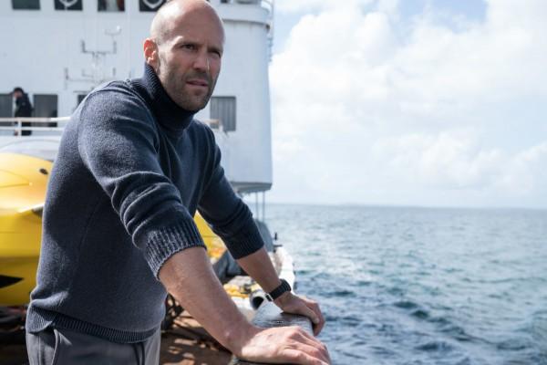 Jason Statham cápákkal úszott