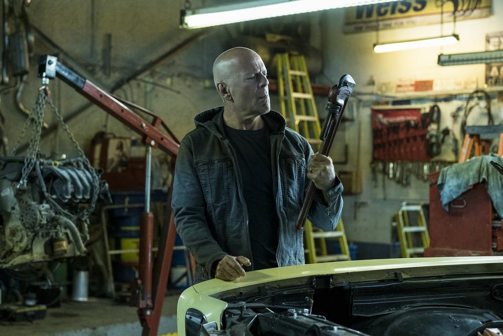 Nem viccből lesz korhatáros a Bruce Willis Bosszúvágy remake-je