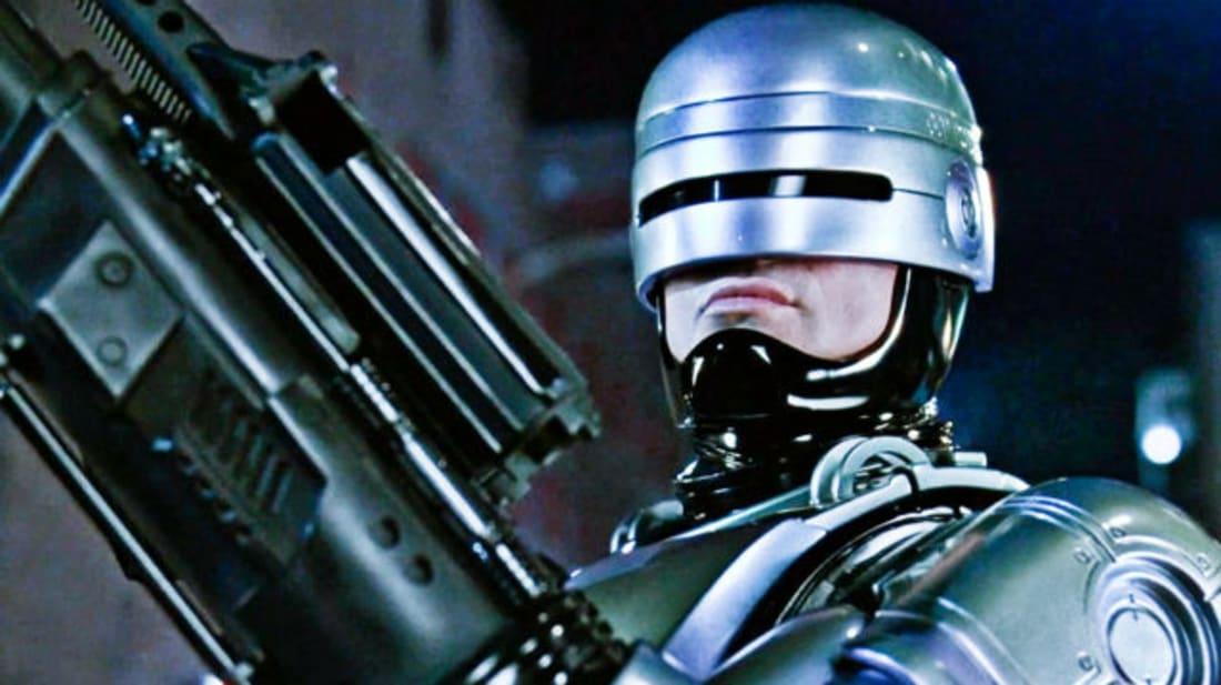 Robotzsaru – Ezért kellett az FBI jóváhagyása a filmhez