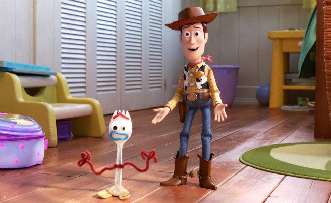 Újabb rekordot döntött a Disney, 1 milliárd felett a Toy Story 4!