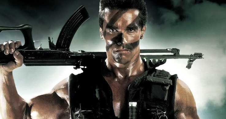 A Kommandó kivágott jelenetében Schwarzenegger olyat tett, amire még ma is felkapjuk a fejünket