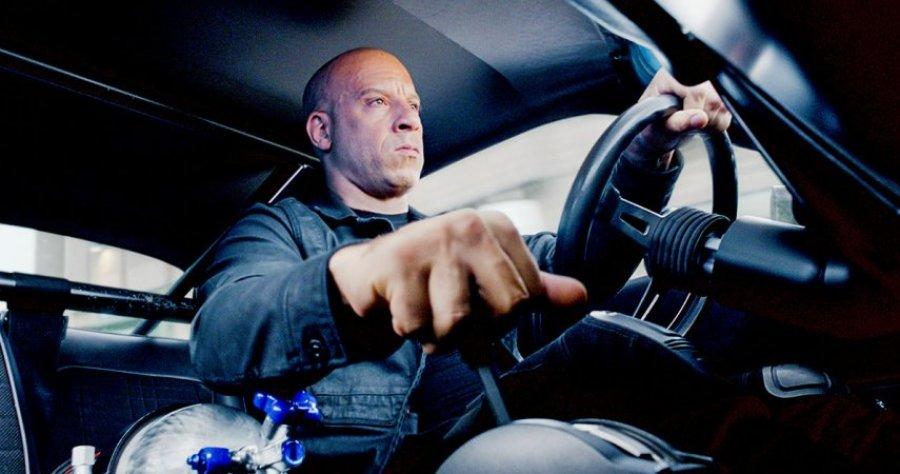 Félmeztelen fotóval ünnepli Vin Diesel a Halálos iramban 9 forgatásának végét