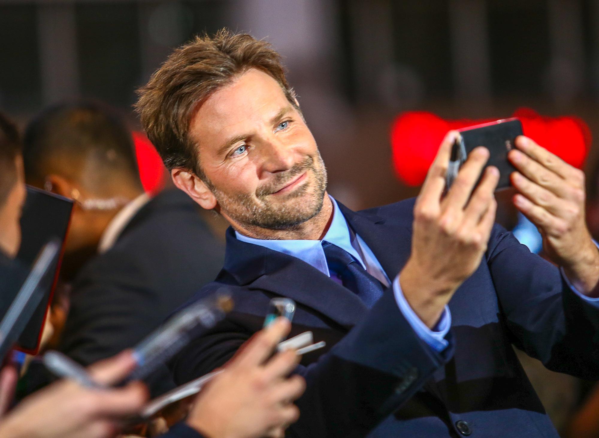 Bradley Cooper nem szűkölködik – és még ennél is gazdagabb lehet
