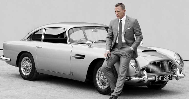 James Bond új járgánya szakít a hagyományokkal