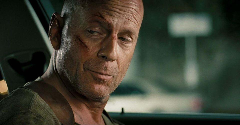 Bruce Willist kidobták egy boltból, amiért nem volt hajlandó maszkot viselni, naná hogy beindult a mémgyár