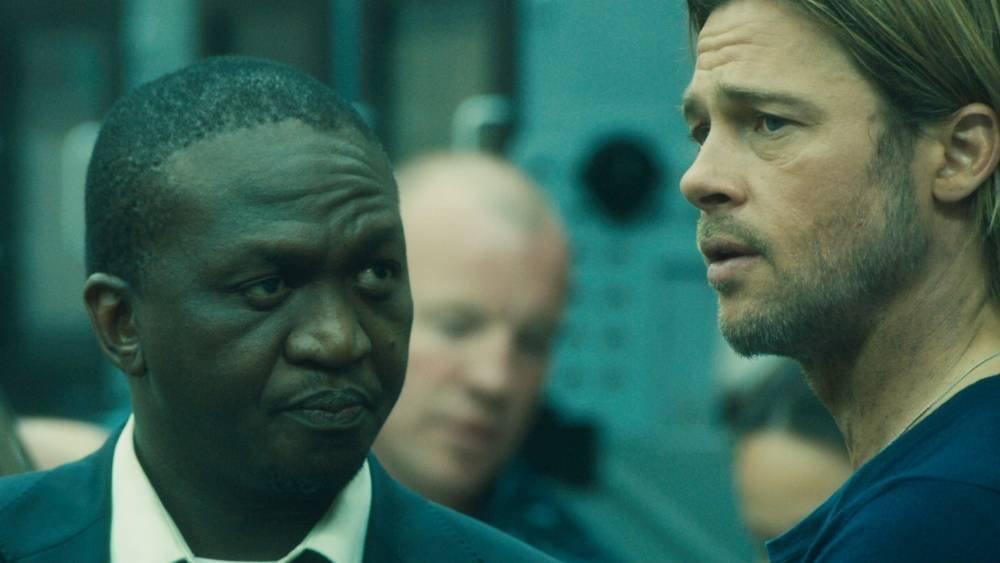 Brad Pitt egy képernyőn a zombikkal?!