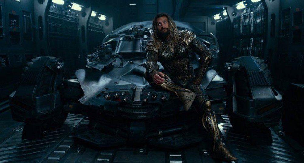 A DC nagy dobása helyett egy közepes popcornmozi