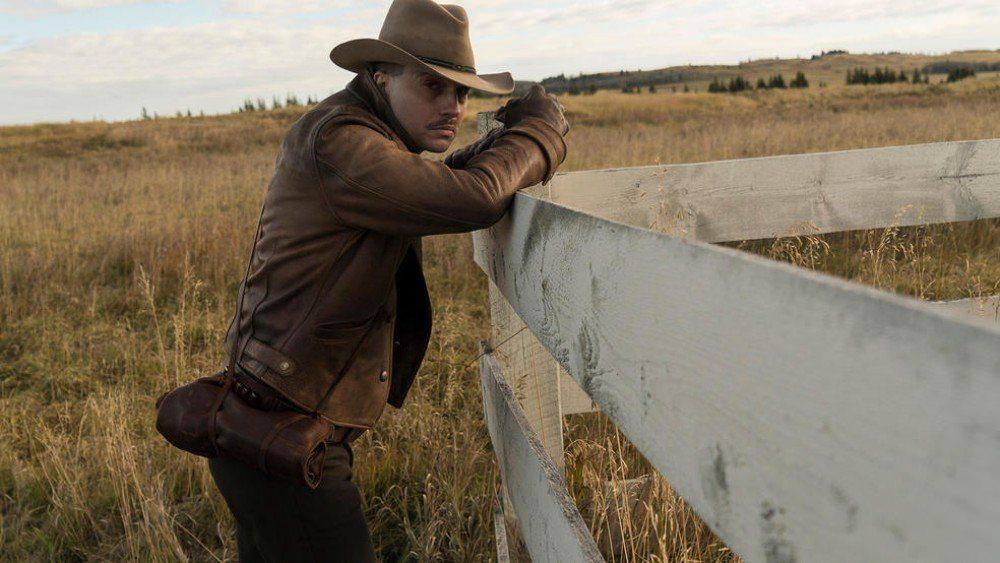 Az Úr (akarom mondani, a Netflix) egy jó kis westernes sorozattal áldott meg minket