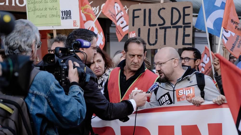 Szakszervezeti kérdések - Sztrájk a gyárban