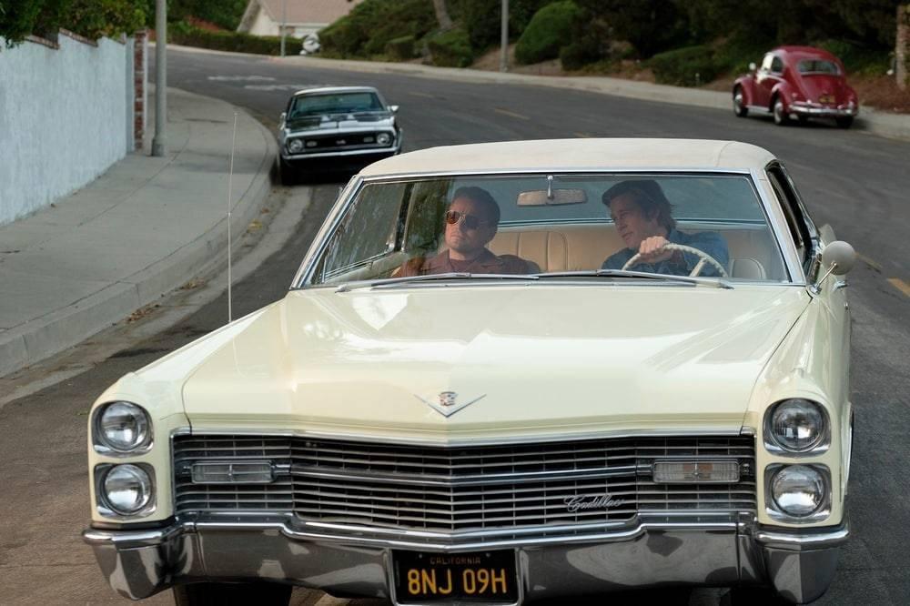Az első Tarantino film, ami kellő (film)ismeret nélkül élvezhetetlen lehet...