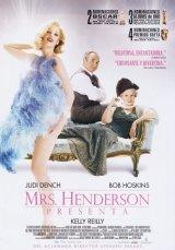 Mrs. Henderson bemutatja